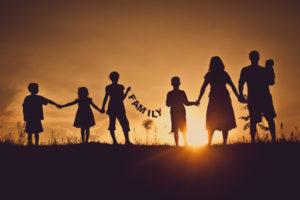 Лучшие цитаты о семье